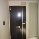 外側ドア(玄関)